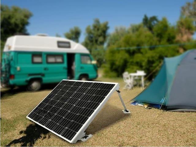 L'utilisation de panneaux solaires pour un camping-car